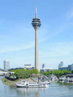 Photo: Düsseldorf and Rhine